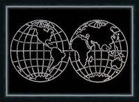 """Аппликация из страз """"Карта мира"""""""