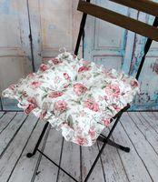 "Подушка на стул ""Ажур"" (35х35 см; бордово-белая)"