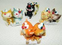 """Статуэтка пластмассовая """"Коты"""" (85х52х60 мм)"""