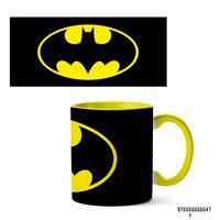 """Кружка """"Бэтмен из вселенной DC"""" (желтая)"""