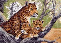 """Канва с нанесенным рисунком """"Гепард с малышами"""""""