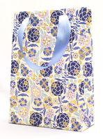"""Пакет бумажный подарочный """"Liberty Flowers"""" (23,5х17х7 см; синие элементы)"""