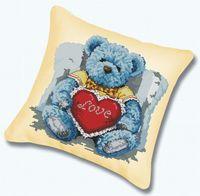 "Вышивка крестом ""Подушка. Медвежонок с сердцем"" (450х450 мм)"