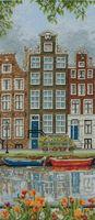 """Вышивка крестом """"Улица в Амстердаме"""""""
